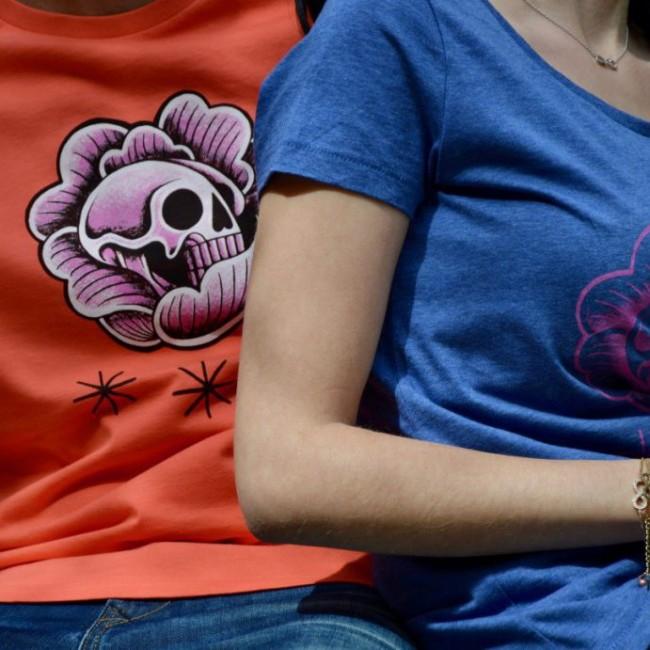 """Tee shirt homme couleur corail """"Skull chou rose"""""""